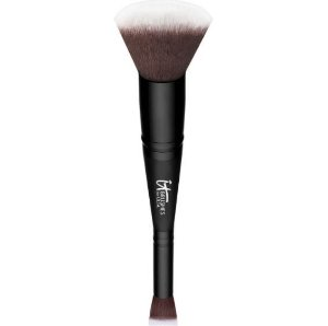 IT Brushes Airbrush Dual-Ended Flawless Complexion Concealer & Foundation Brush #132 pincel