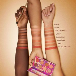 Tarte Cosmetics dare to live paleta de sombras + pincel