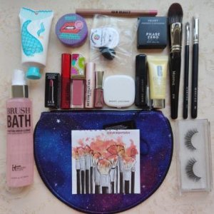 KIT 18 MINI MIX MAQUIAGEM + sky BAG