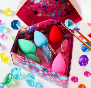 BEAUTYBLENDER The Crown Jewels (NOVO/SEM CAIXA 4 ESPONJAS + 4 SABONETES)