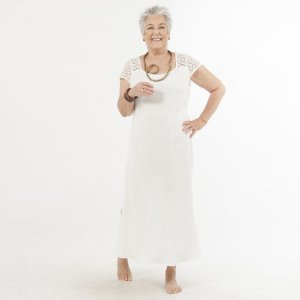 Vestido Plus Size de Linho Pala Renda Guipir Pérola
