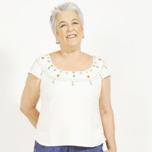 Blusa Plus Size de Linho Frida Botões