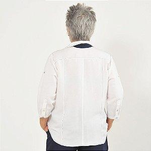 Camisa Plus Size de Linho Branca e Marinho