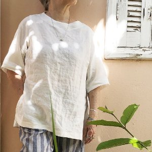 Blusa Sicília de Linho Puro Off White . Pré-Venda