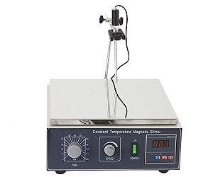 AGITADOR MAGNETICO COM AQUECIMENTO 10L 2400RPM 220V 30X30CM
