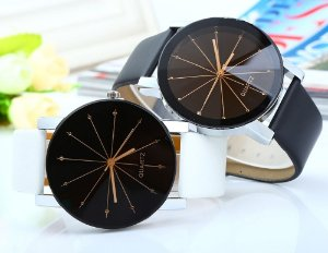Relógio de pulso feminino, quartz, analógico, pulseira de couro, caixa de liga, vidro resistente