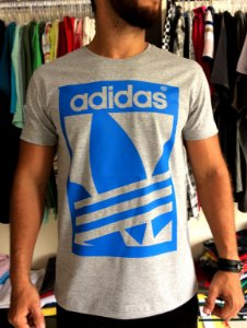 Camiseta Adidas Skateboarding