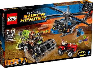 LEGO Super Heroes - Batman Espantalho Colheita de Medo 76054