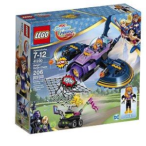 LEGO Super Heroes Girls - A Perseguição em Batjet de Batgirl 41230