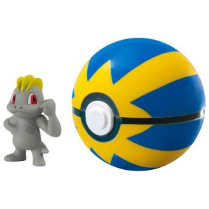 Pokémon Mini Figura com Pokébola - Machop e Quick Ball