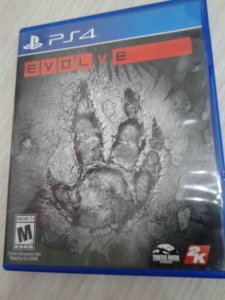 Game Para PS4 - Evolve