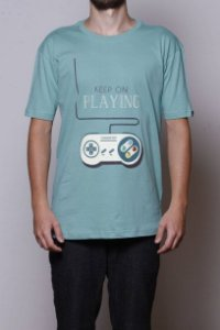 Camiseta Keep On Playing