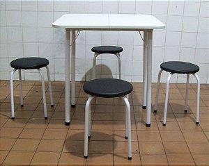 Conjunto Mesa De Cozinha Extensível com 4 Banquetas Estofadas