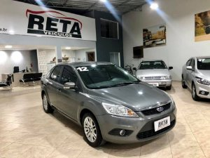 Focus Sedan 1.6 Completo 11/12 MANUAL