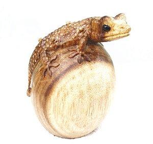 Gecko na Bola de Madeira