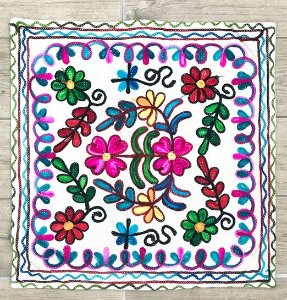 Capa Almofada Indiana Flores 1