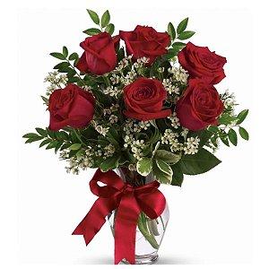 Arranjo de Rosas Importadas no Vaso