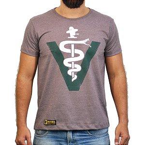 Camiseta Sacudido's Veterinário - Café