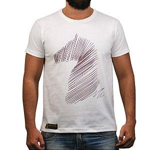 Camiseta Sacudido's Estampa Cavalo Estilizado Natural