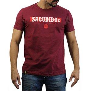 Camiseta Sacudido's - Etiqueta - Vinho
