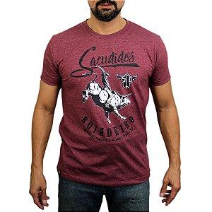 Camiseta Sacudido's - Boiadeiro - Vinho Mescla