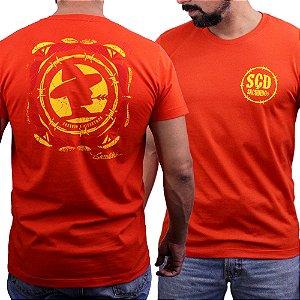 Camiseta Sacudido's - Logo Costas - Tomatino