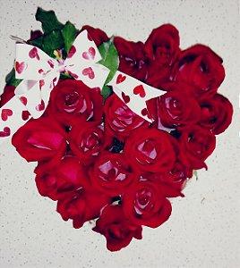 Arranjo de Rosa Formato de coração