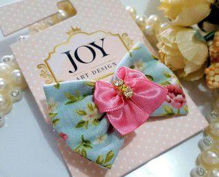 Laço Joy Bico de Pato Azul Floral Rosa Strass
