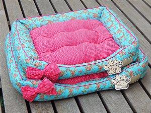 Cama Retangular Pata Chic Azul Floral Pink