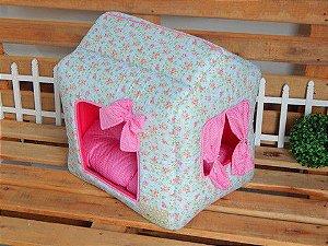 Cama Casinha Floral Rosa Fundo Azul