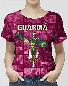 CADU ARTES - Fundação Amálgama Guardiã Rosa - Camiseta de Heróis Brasileiros