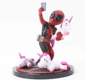 Action Figure Deadpool Unicorn Selfie - Marvel Comics