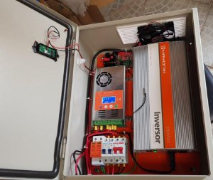 Kit 66 solar com inversor 2000 Watts onda senoidal e 4 Painel solar 260w