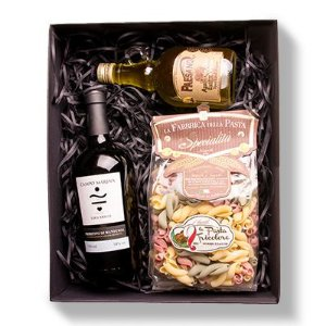 Kit Gourmet Luxo: Vinho Luccarelli Campo Marina Primitivo Di Manduria,  Azeite Paesano e Massa Gragnano