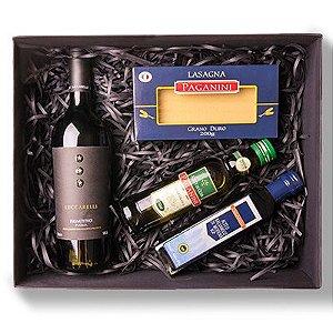 Kit Gourmet Especial: Vinho Luccarelli Primitivo Puglia, Massa Especial, Azeite e Aceto Balsâmico Paganini