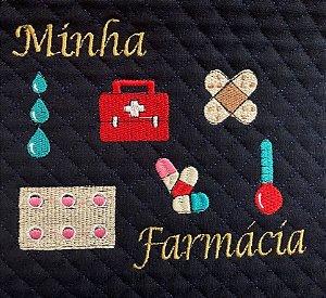 CORTE DE MATELASSADO BORDADO JEANS MINHA FARMÁCIA - 28X30CM