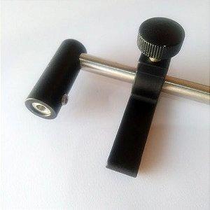 Aparador em aluminio com tubo 3/8 preto