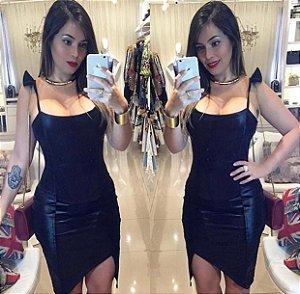 Vestido Curto Preto Assimétrico com Alcinha