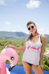 Camiseta Feminina Regata Flamingos