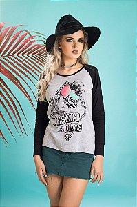 Camiseta Feminina Manga Longa Raglan Desert Days