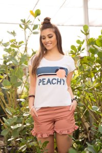 Camiseta Feminina Peachy