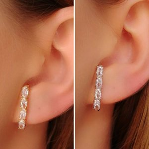 Brinco Ear Hook com Zircônia Oval