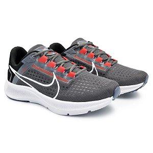 Tênis Masculino Caminhada Esportivo Nike Air Zoom Pegasus 38 - Grafite/Preto