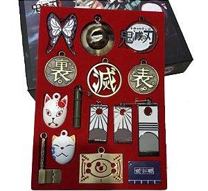 Kit com 15 Chaveiros Metal Demon Slayer - Kimetsu No Yaiba