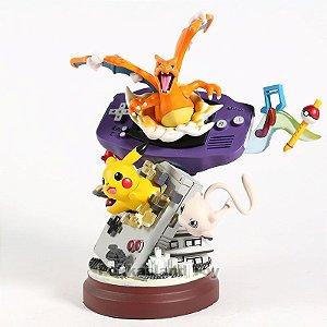 Pokémon Diorama Coleção Games Nintendo Pikachu Charizard Mew