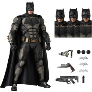 Batman Liga da Justiça versão Tactical Suit MAFEX - Dc Comics
