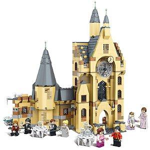 A Torre Do Relógio De Hogwarts Harry Potter 922 peças + 8 Personagens - Blocos de Montar