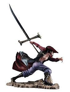 Dracule Mihawk Figura 34 cm - One Piece