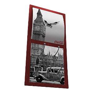 Relógio de Parede Decorativo com 5 Ganchos Coca-Cola Londres - 60 x 30 cm