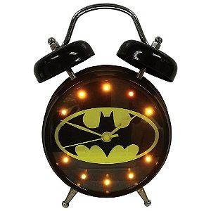 Relógio Decorativo Despertador de Metal Iluminado com Som DC Comics Batman Logo - 16 cm